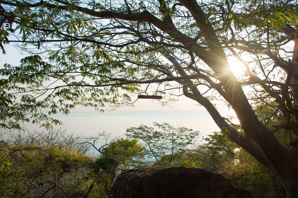 Mumbo Island hike 2